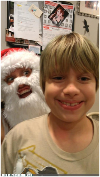 christmas photo bomb