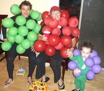 family grape halloween costume