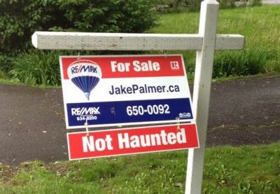 funny_real_estate_sign
