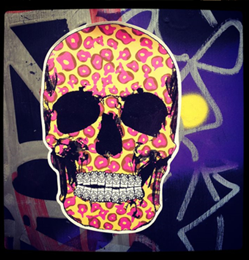 street art skull sticker design