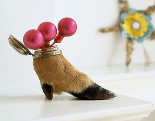 deer hoof decoration