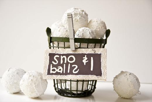 best holiday decoration snowballs