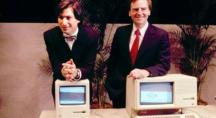 Steve Jobs presenting the first Macintosh 1984