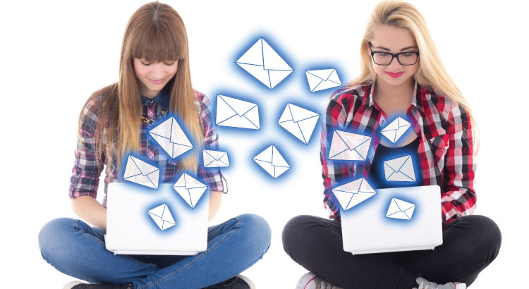 A marketer and a blogger in email correspondence